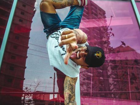 Jhon Grass: bailar para salvar (y salvarse)