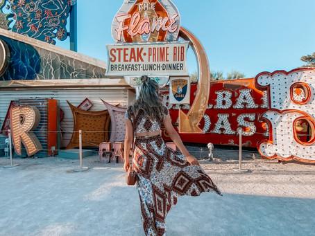 Las Vegas Travel Guide: Neon Museum