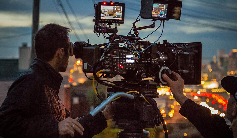 Professional-Cinema-Camera.jpg