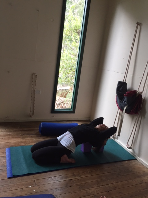 Lisa J in supta virasana