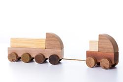 trains jouets