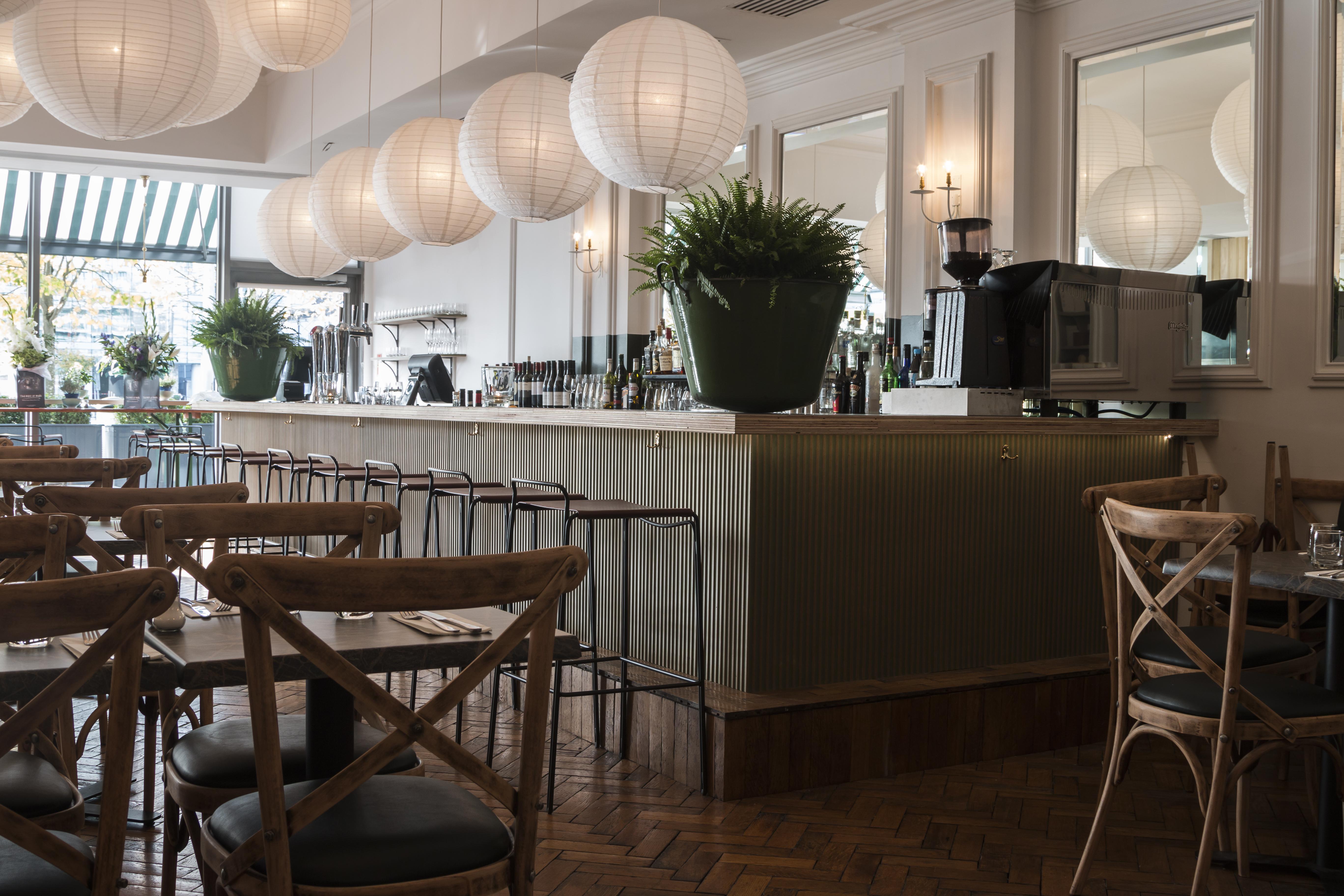 Dockland Deli, Bar & Restaurant