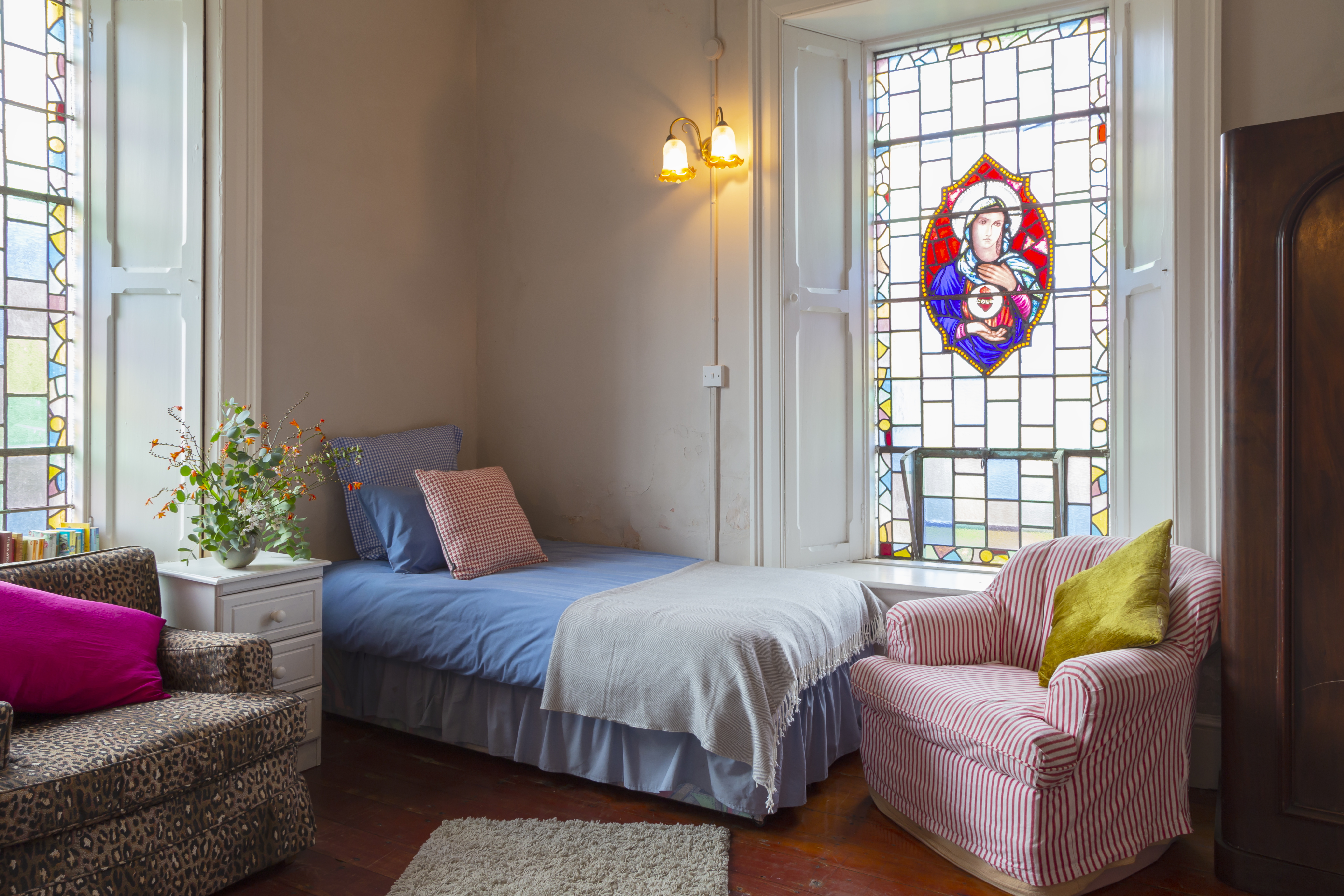 stained glass bedroom5