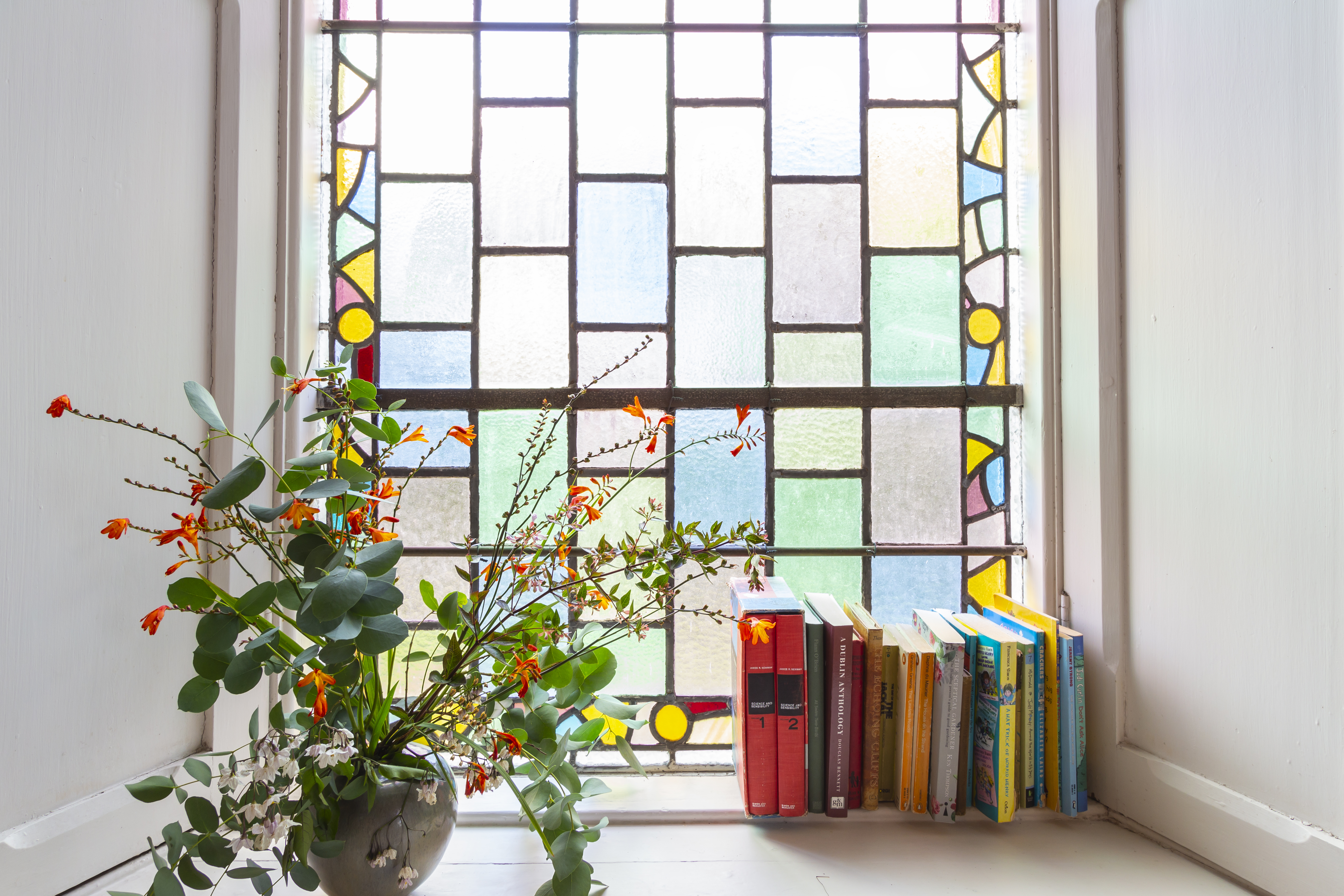 stained glass bedroom details