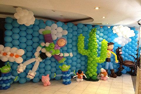 Decoración De Globos Toy Story Imagui