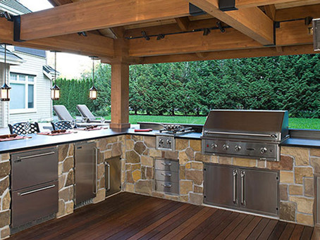Make cooking al fresco even more delightful with your amazing outdoor kitchen