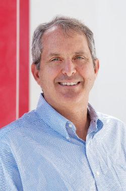 Matthew Straeb