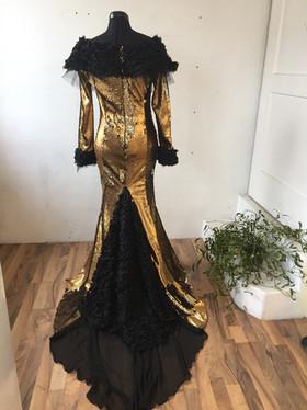 Travestie Kunst Kleid Hamburg