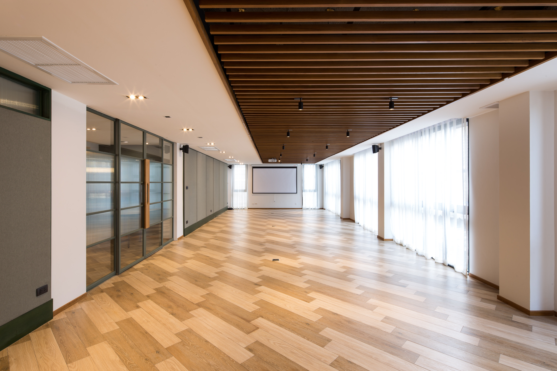 Seminar Room (80 sq.m.)