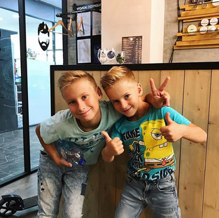 Братья выбирают Brothers barbershop 😎_И