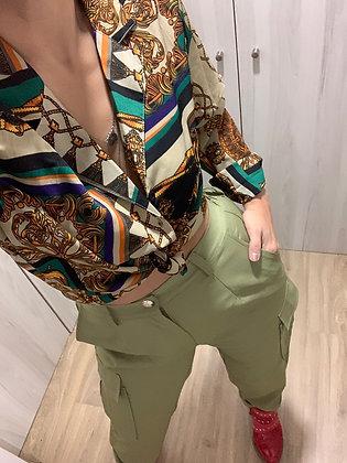 Blusa verde estampada