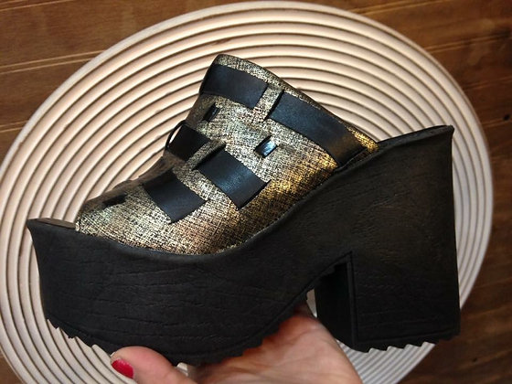 Sandalia negro bronce