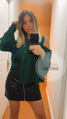 Blusa verde vuelos (talla oversized suelta)