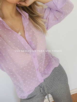 Blusa puntitos lila