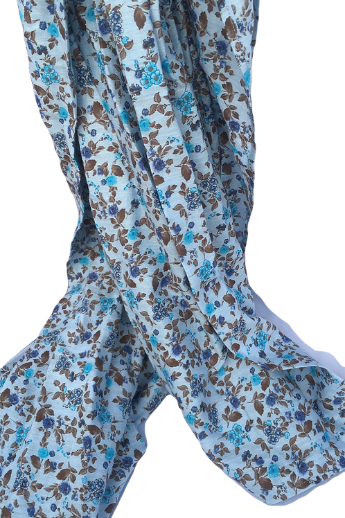 Foulard bleu petites fleurs