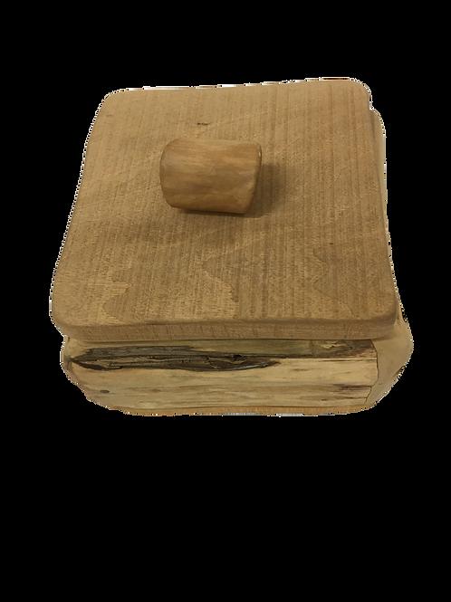 Boite en bois avec couvercle