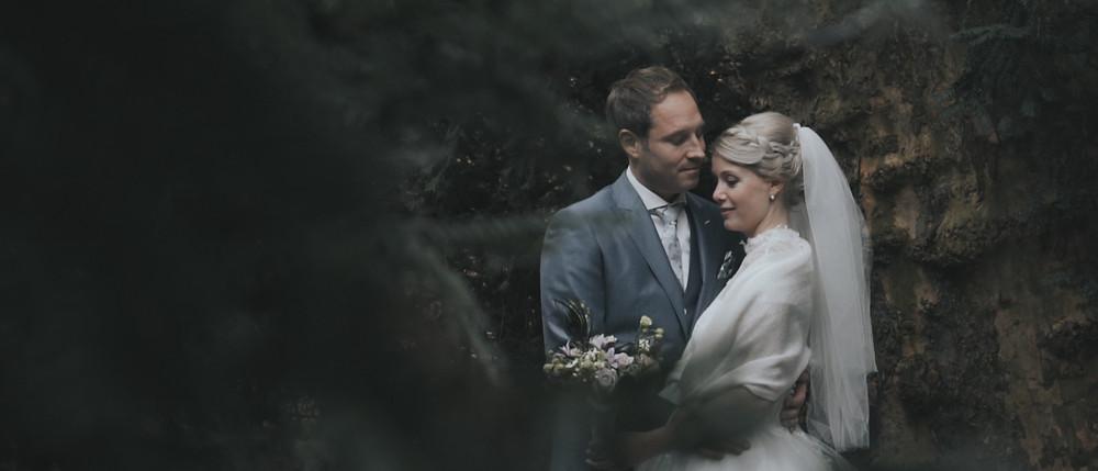 bruid met omslagdoek