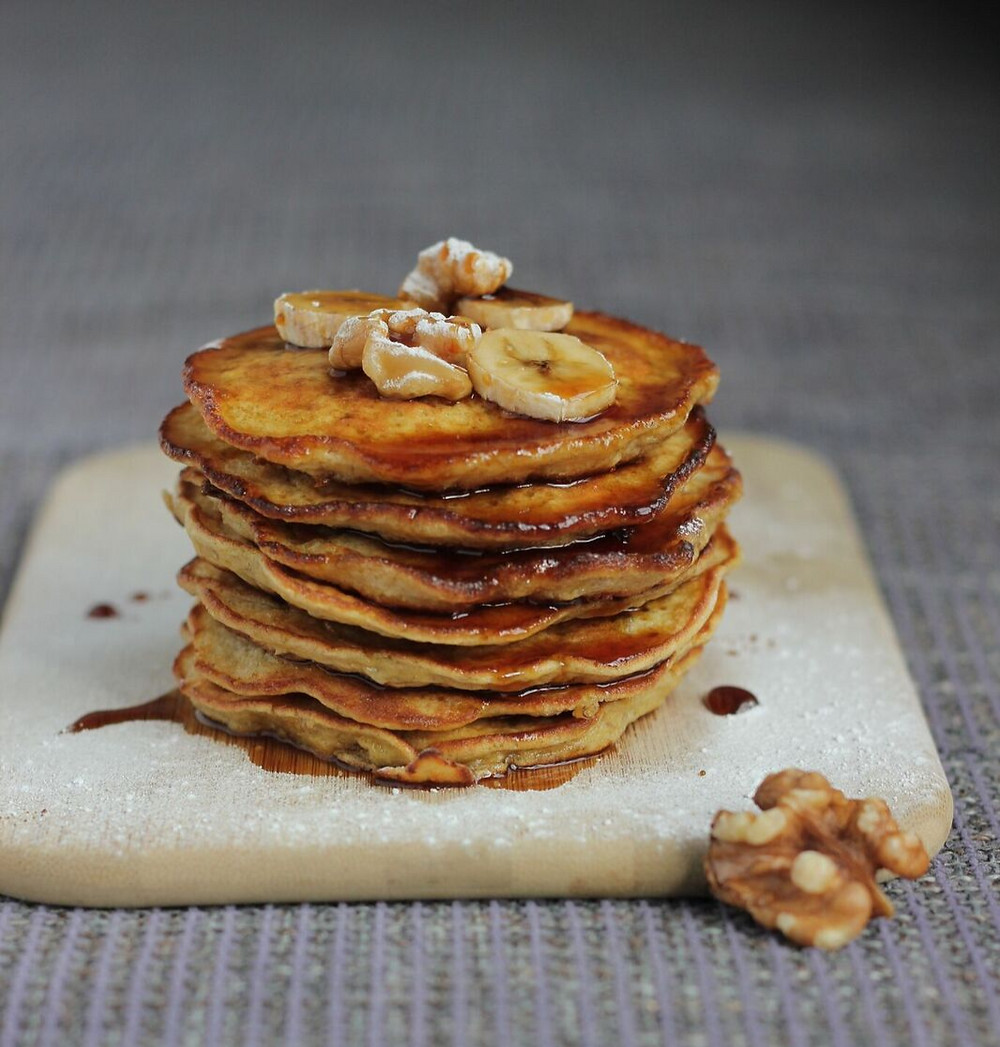 banana and oatmeal pancakes