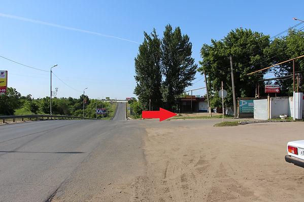 """- Проехать в серые стальные ворота на территорию базы """"Алмас"""" где также находятся транспортные компании """"КИТ"""" и """"Скифагро"""", а также """"Фурнитура"""" и т. д.аправо и проехать в ворота рядом с атомойкой """"Мойдодыр"""""""
