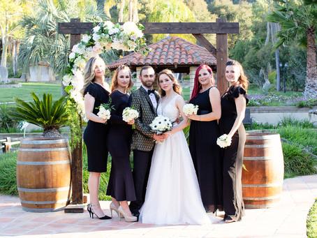 Black, Gold, and White Wedding Inspiration