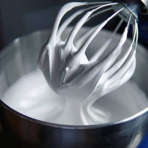 Crème au beurre à la meringue suisse (SMBC)