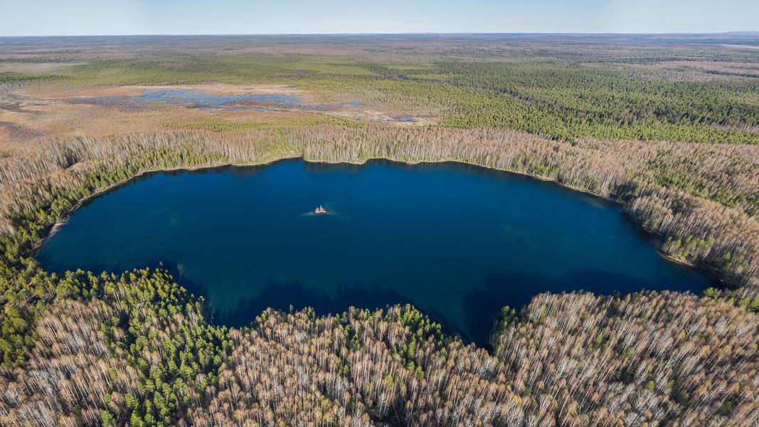 Озеро Ядерное Panorama 2.jpg