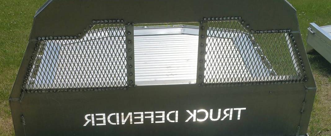 cs-diesel-truck-defender-flatbeds3.jpg