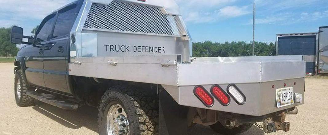 cs-diesel-truck-defender-flatbeds6.jpg