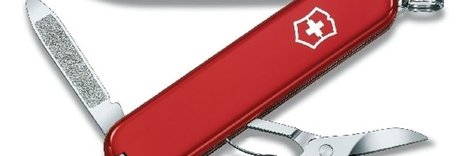 couteau Victorinox Ambassador rouge 74 mm