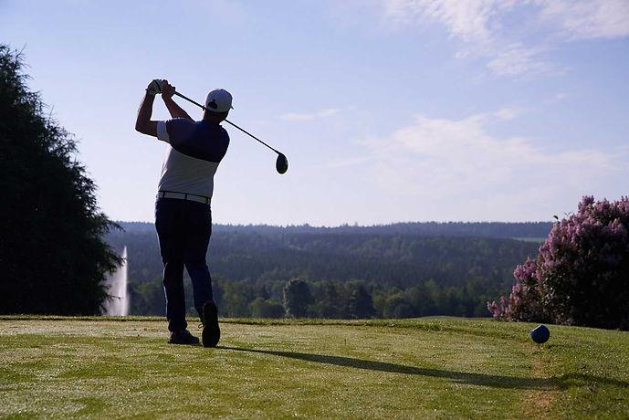 golfeur_terrain.jpg