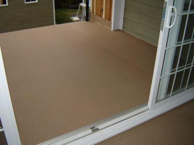 Votre patio recouvert de vinyle Decking augmente la valeur de votre maison.