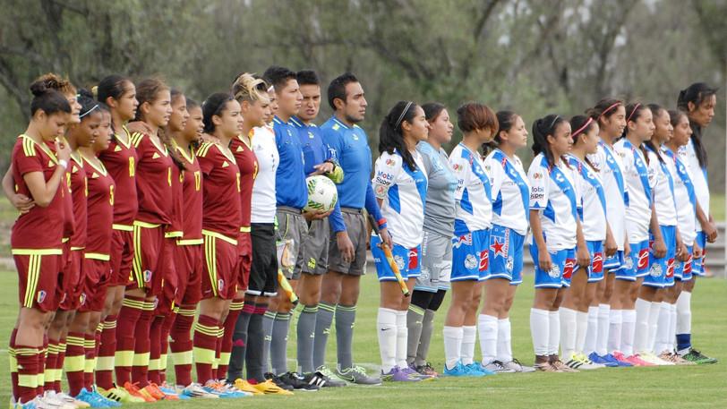 Puebla Femenil vs Selección Nacional de Venezuela