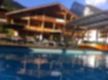 espace piscine, jacuzzi, jardin