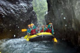 Rafting, cano-raft, canyoning, nage en eaux vives, air boat