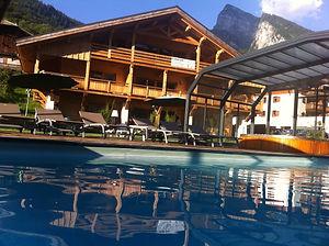 piscine spa hotel gai soleil samoens.JPG