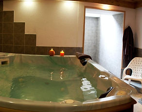 Piscine, Spa, sauna, jacuzzi, à l'hotel Gai Soleil à Samoens, station du Grand Massif (samoens, flaine, morillon, les carroz, sixt)