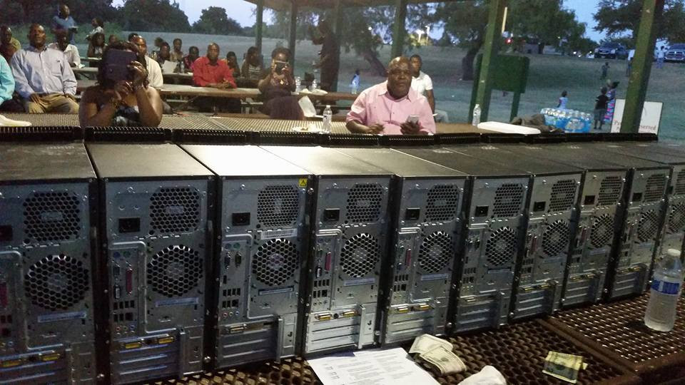 some of the computers assembled as they come (AGR FM)
