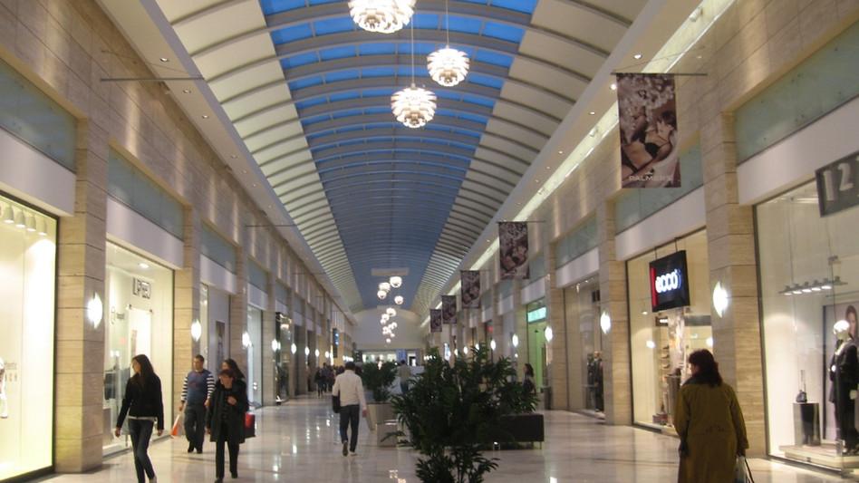 עיצוב פנים מרכז מסחרי Cotrocen Mall