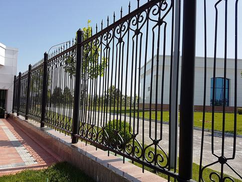ELSENS-on-Decorative-fencing