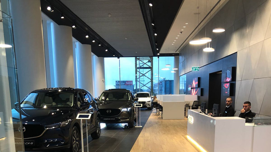 עיצוב פנים אולמות תצוגה דלק מוטורס BMW ,MINI ,MAZDA ,FORD