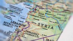 انفتاح دبلوماسي وسط الهجمات الإسرائيلية على سوريا