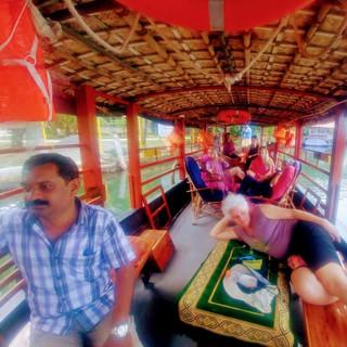טיול פלייבק - דרום הודו