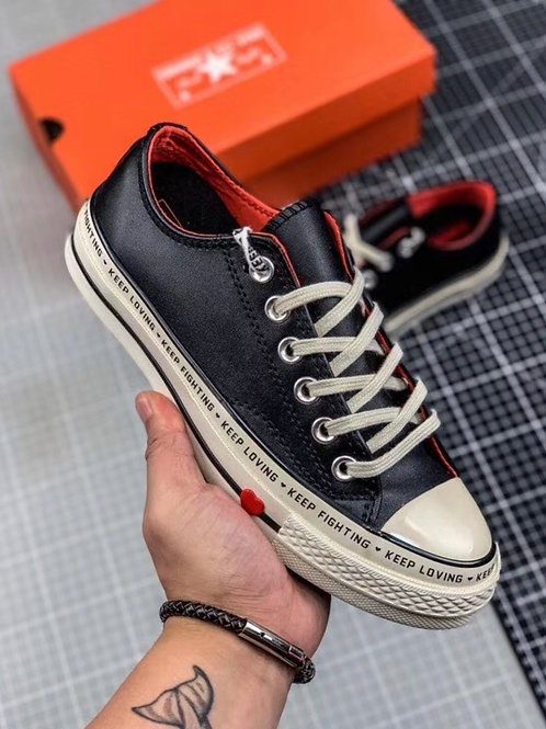 """Converse Chuck 70 Low Top """"Love Graphic"""""""