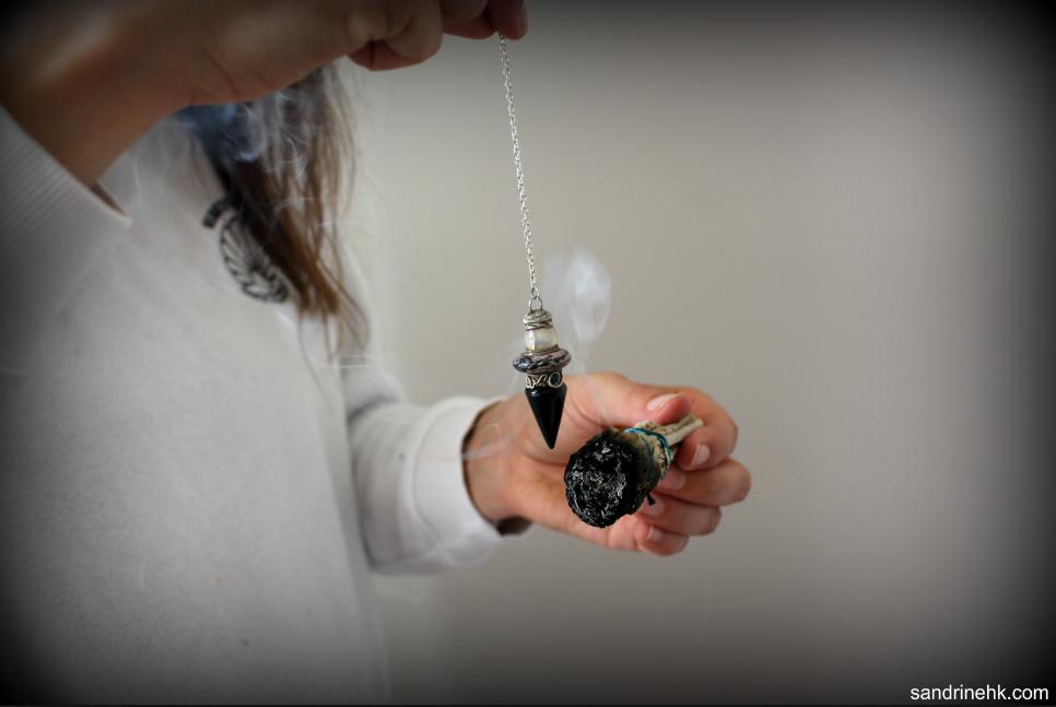 purifier son pendule par fumigation