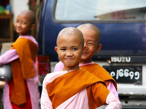 buddhist-525261_1280.jpg