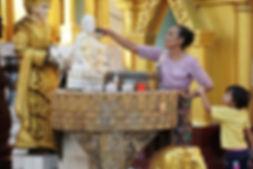 myanmar-3996460_1280.jpg