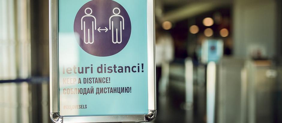 """Lidosta """"Rīga"""" aicina pasažierus ceļot atbildīgi un savlaicīgi noskaidrot galamērķa valsts prasības"""
