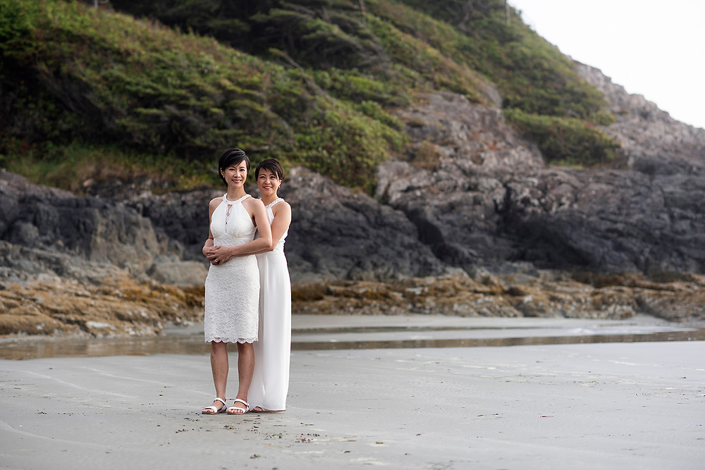 Chesterman Beach wedding in Tofino. Photographed by Kaitlyn Shea.