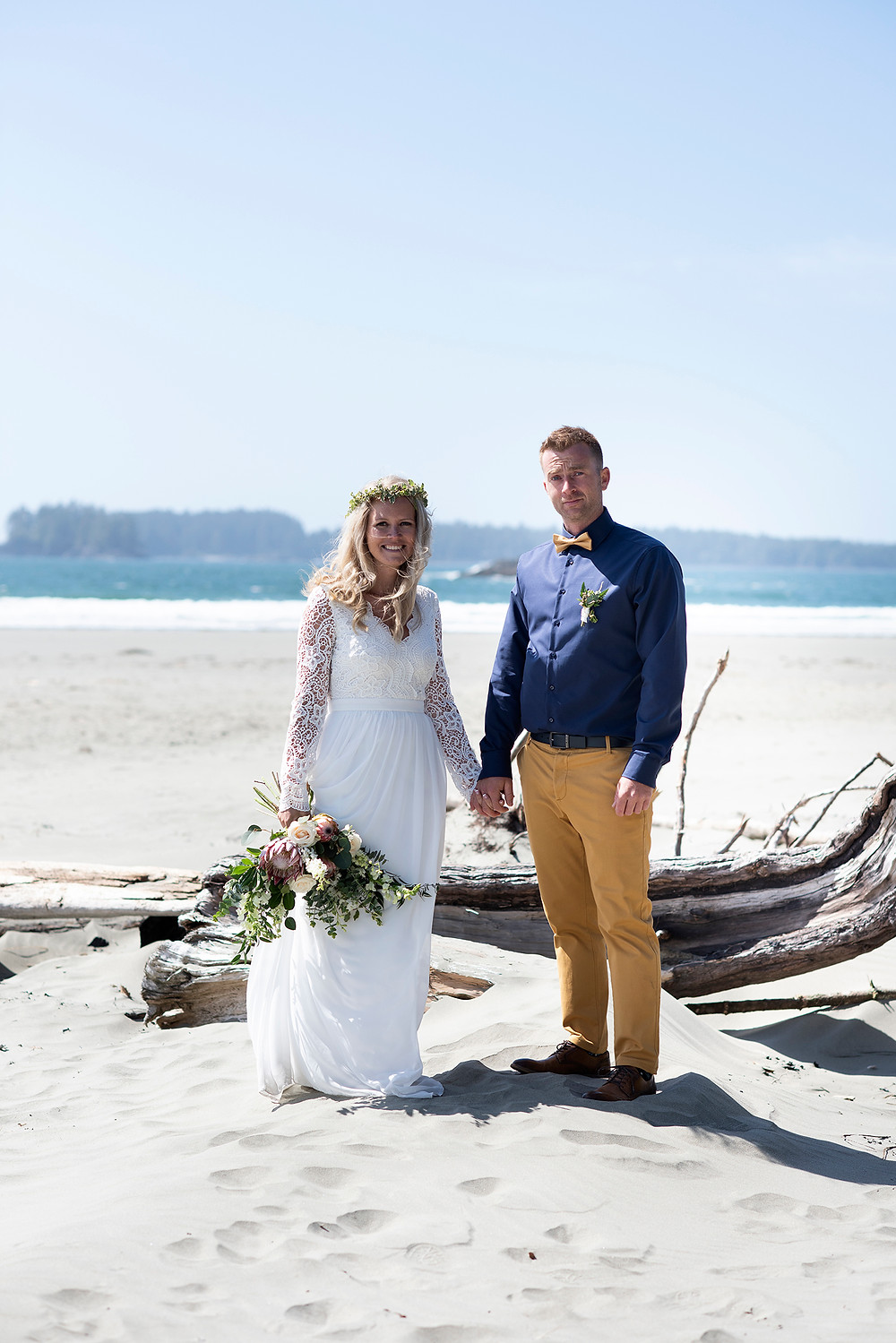 wedding on the beach in May in Tofino. Photographed by Kaitlyn Shea