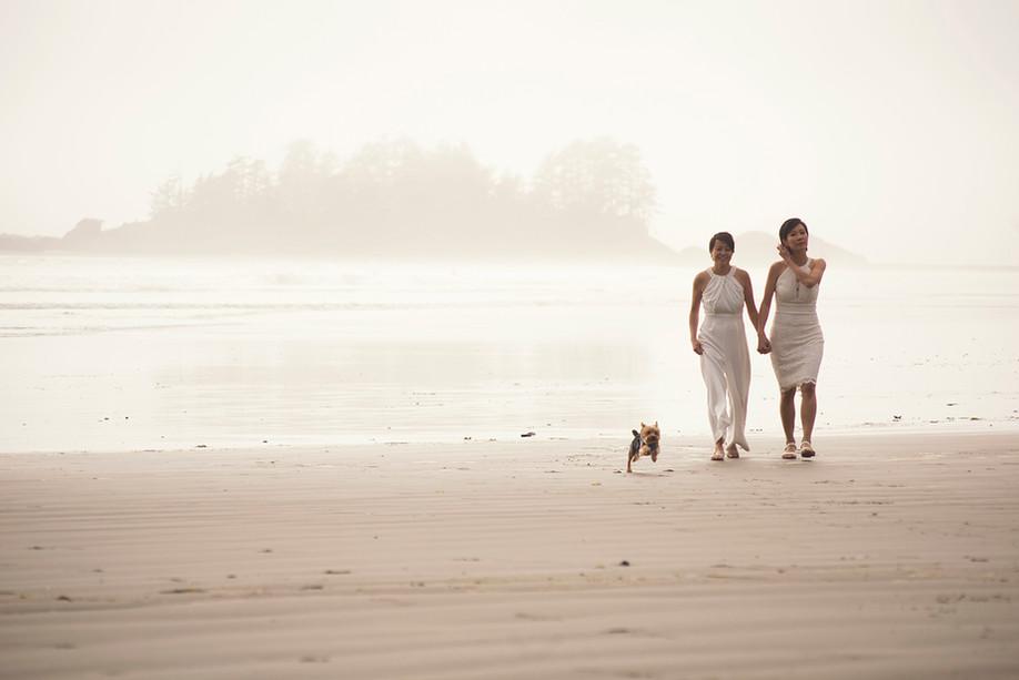 Destination Wedding in Tofino || South Chesterman Beach || Cynthia & Nat